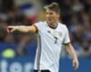Schweinsteiger 'right on schedule'