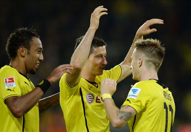 Klopp thrilled with 'crazy' Reus