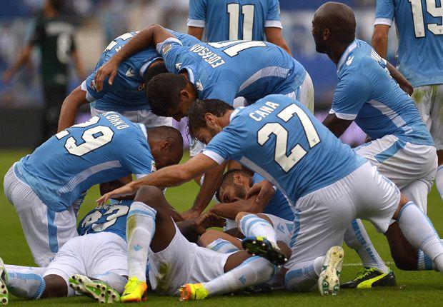 Lazio menang telak atas Chievo dan langsung melejit ke peringkat 7
