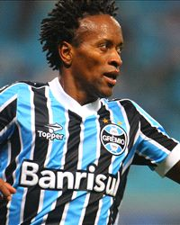 Zé Roberto Player Profile