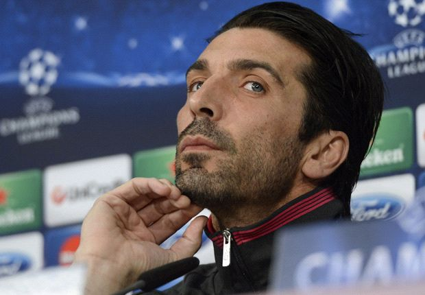 Buffon warns Galatasaray: Your fans can't score for you