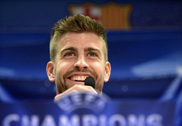 Piqué encendió la polémica vía Twitter y Carlo Ancelotti le contestó en coferencia de prensa.