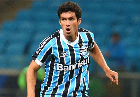 Riveros renova com o Grêmio