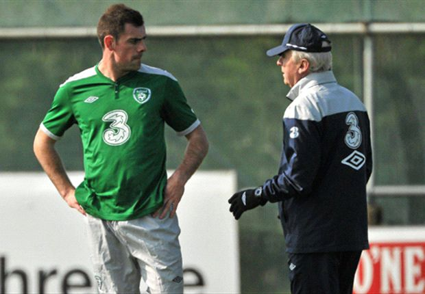 Darron Gibson returns to Republic of Ireland squad