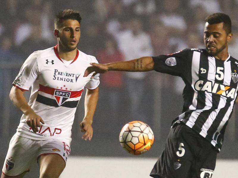 Le FC Porto sur Jonathan Calleri ?