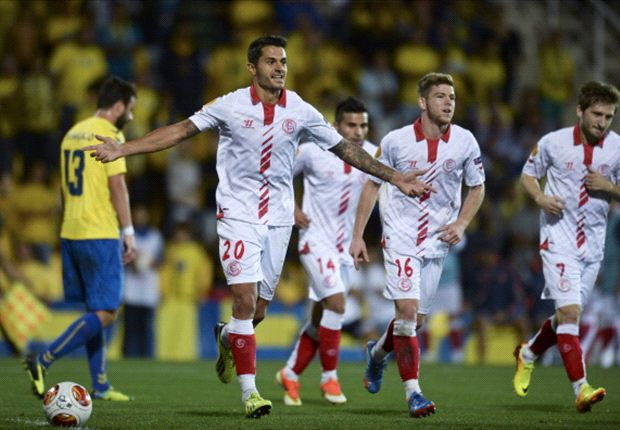 Estoril 1-2 Sevilla: Super-sub Gameiro sinks Silva's side