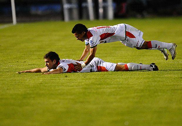 Pedro Larrea abrió la cuenta en la victoria de Liga de Loja ante River.