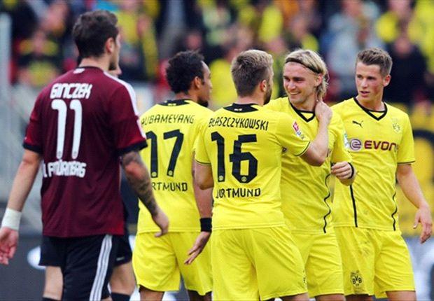 Hier jubelt Borussia Dortmund noch in Nürnberg