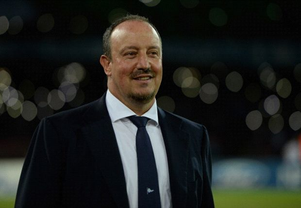 Napoli will keep their feet on the ground, insists Benitez