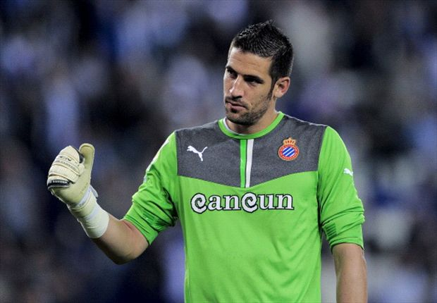 Kiko Casilla denies Real Madrid contact