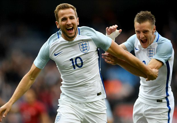 England 2-1 Turkey: Kane & Vardy fire Three Lions to victory