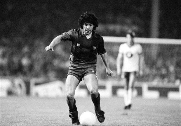 Maradona, en tiempos del Barcelona. Las lesiones no le permitieron brillar.