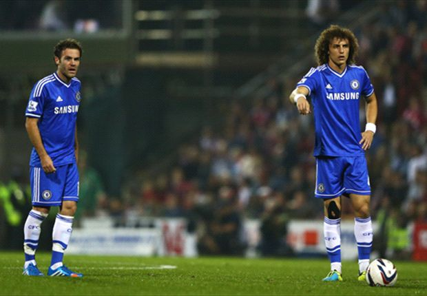 Swindon 0-2 Chelsea: Mata and Luiz back as Blues progress