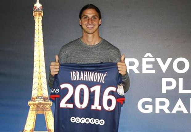 Ibrahimovic renovó con el Paris Saint-Germain hasta 2016