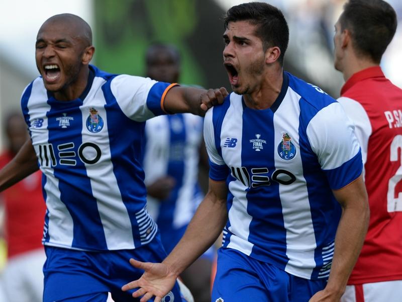 Porto s'impose en amical