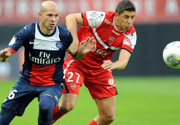 Valenciennes 0-1 Paris Saint-Germain: Clinical Cavani gives Parisiens win
