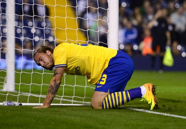 Inadequate Bendtner exposes Arsenal's paper-thin squad