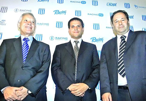 Victor Blanco, el del extremo izquierdo, junto a Cogorno y Molina en las buenas épocas.