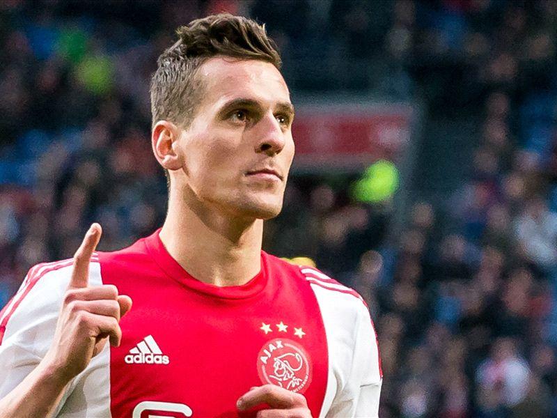 'Ajax raakt Milik wellicht toch kwijt'