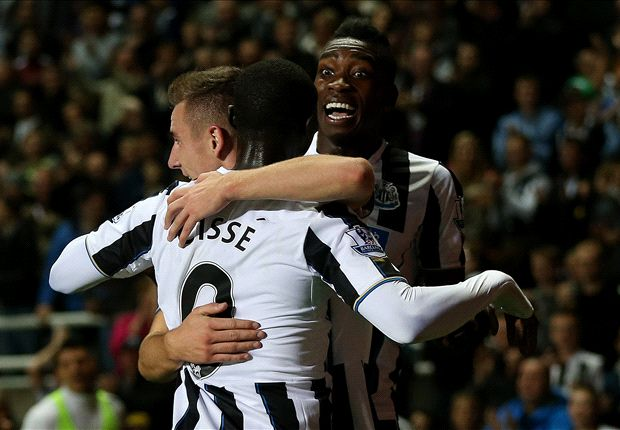 Pardew backs Dummett and Ameobi to break into Newcastle startling XI