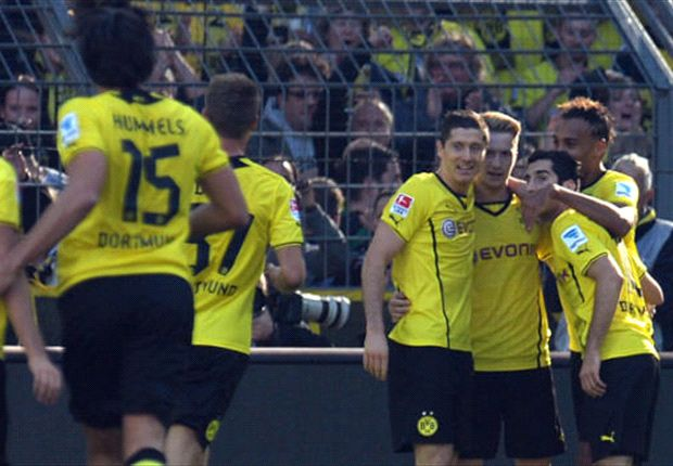Bundesliga Team of the Week: Hummels, Lewandowski & Reus fly the Dortmund flag