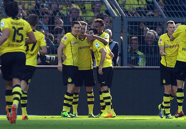 Borussia Dortmund 5-0 Freiburg: Lewandowski and Reus at the double