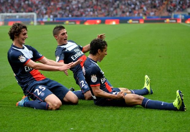 Paris Saint-Germain 2-0 Toulouse: Les Parisiens take top spot