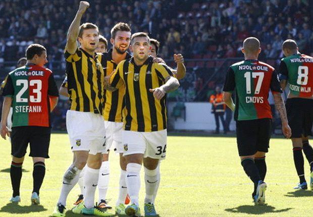 Piazon schiet Vitesse in extra tijd naar winst