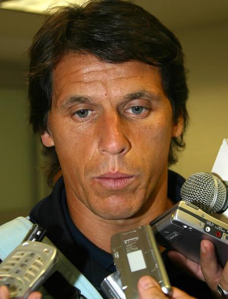 Jose Luis Calderon Net Worth