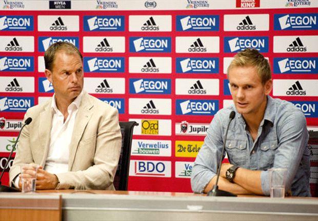 Frank de Boer zusammen mit Siem de Jong auf der PK vor dem Milan-Spiel