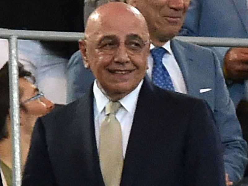 'Sliding doors' De Boer, Galliani: Era in lizza per il Milan