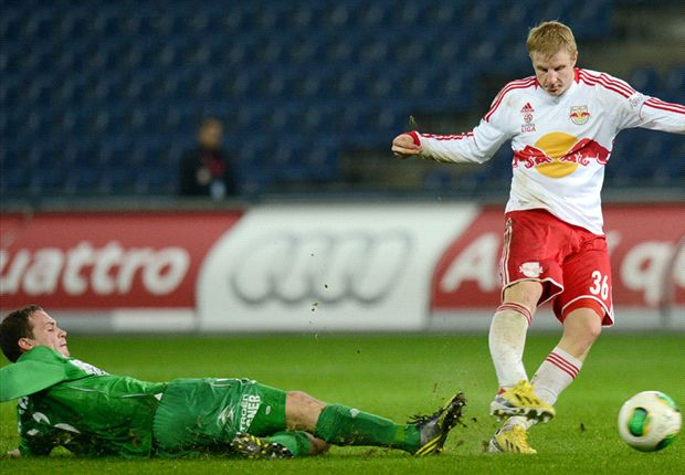 Red Bull Salzburg defender Hinteregger 'honoured' by Manchester United interest
