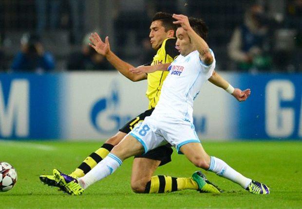 Dortmunds Sahin und Marseilles Valbuena kämpfen um den Ball
