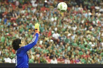 Momento de La Mala Suerte: Mexico vs. Paraguay
