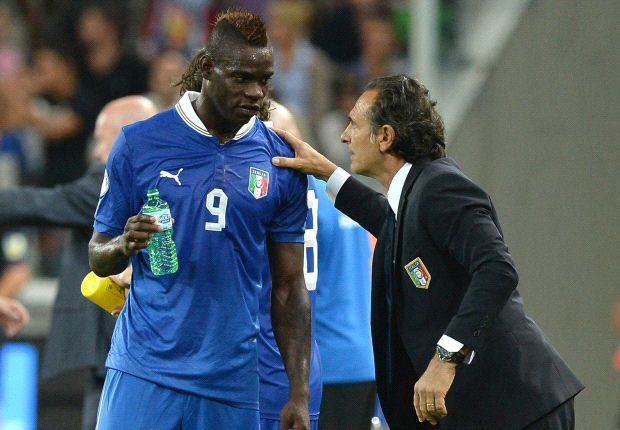 Prandelli not dropping Balotelli from Italian squad