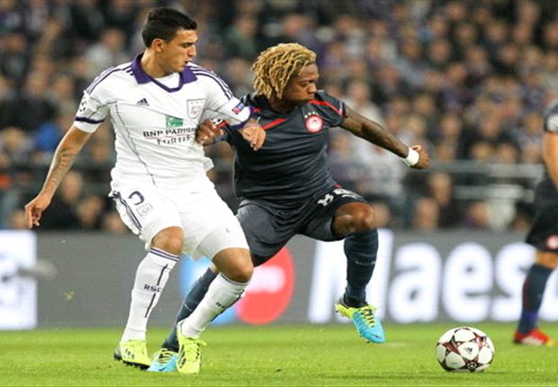 Anderlecht 0-3 Olympiakos: Mitroglou hat trick sees Greeks batter Belgians