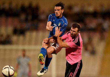 LIVE: Italy 1-0 Scotland