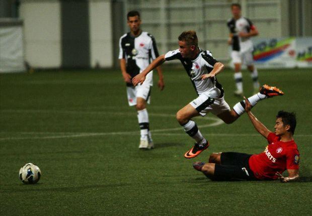 CYL defender Al-Qaasimy Rahman tackles an opponent (Photo: Arndt Götze, Eintracht FB page)