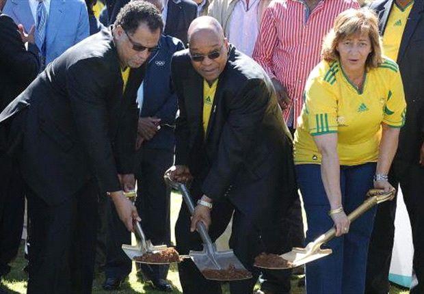 Danny Jordaan as chairman of LOC, with SA President Jacob Zuma
