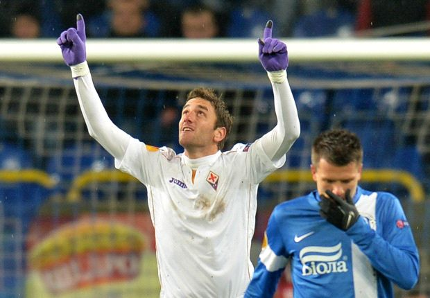 Dnipro 1-2 Fiorentina: 10-man Viola move top of Group E