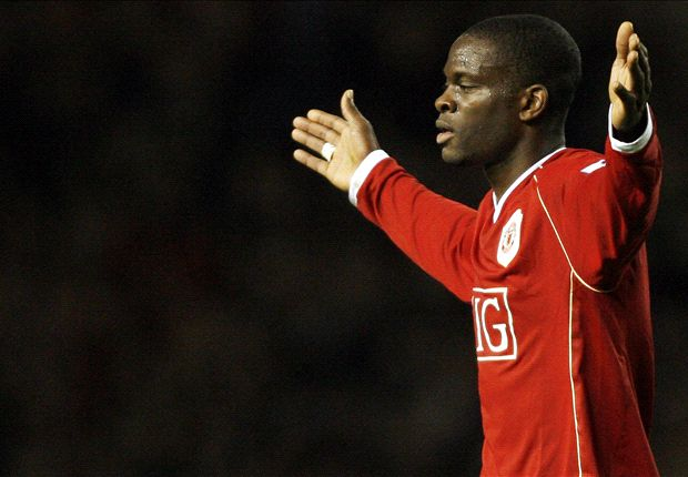 Former Manchester United striker Louis Saha signs on for IMG-Reliance tournament