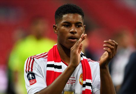 Rashford signs new Man Utd deal