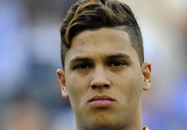 Hinchas del Manchester United insisten en Juan Fernando Quintero