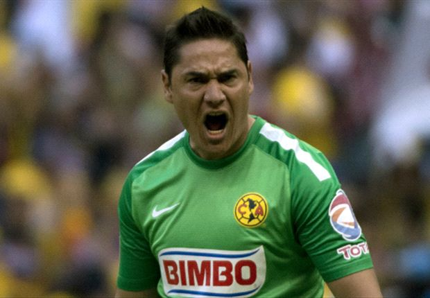 Superar a Chivas no pasa por la mente de Moisés Muñoz