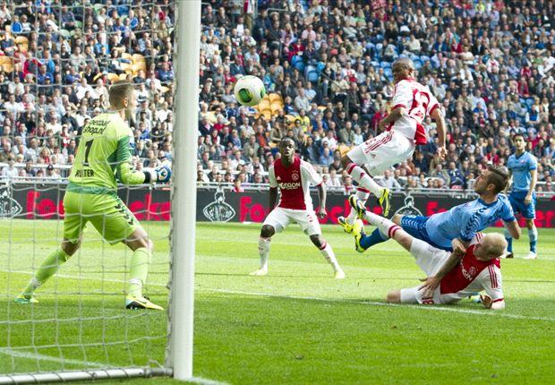 Ajax Amsterdam Bungkam FC Utrecht