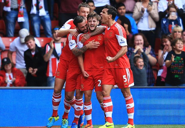 Southampton 2-0 Swansea City: Lallana, Rodriguez maintain super Saints start