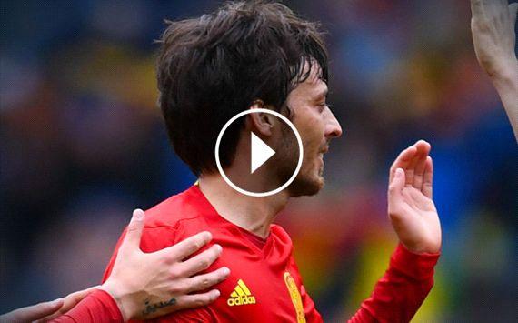 WATCH: Silva nets stunning free kick