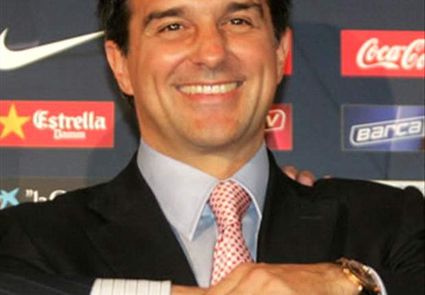Laporta Fires Back At Ronaldinho