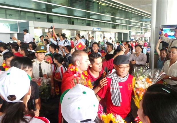 Vietnam U19 getting a hero's welcome upon arrival