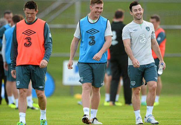 Noel King praises League of Ireland quintet after joining squad for training